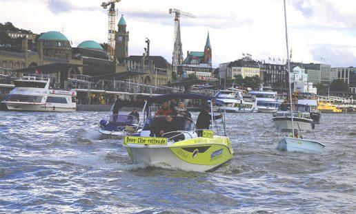 Landungsbruecken Dove-Elbe-retten Demo 2019_10_05