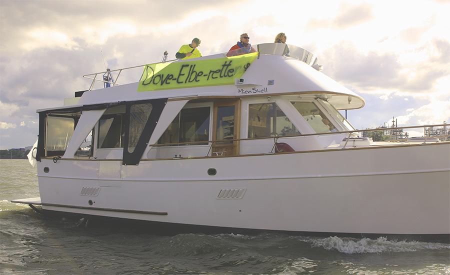 Lautsprecherboot Dove-Elbe-retten Demo 2019_10_05
